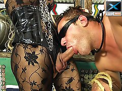 Fetish tranny mistress commands a guy