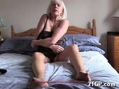 Cat: british milf June 7, 2017