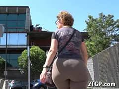 flooded clips next to Glute DIVINUS Cat: milf July 17, 2017